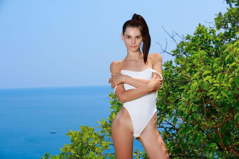 Aleksandrina in Outdoor Fun - Metart porn pics